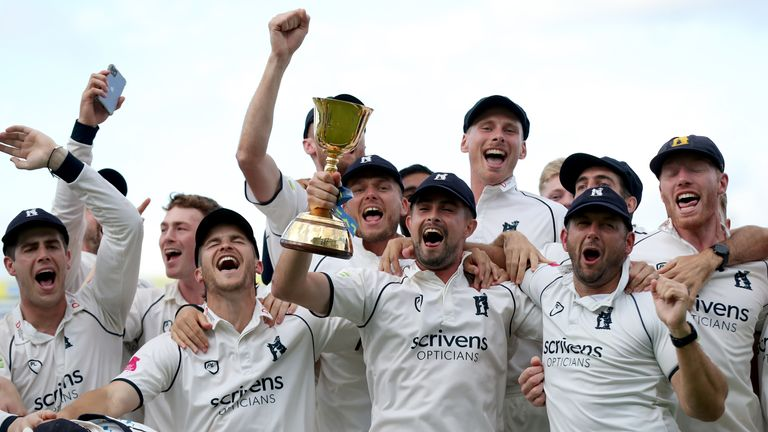 Warwickshire celebrate after winning the 2021 County Championship
