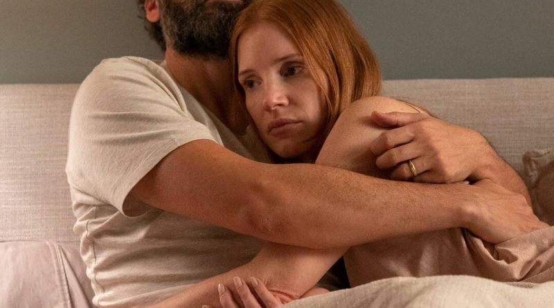 This Was Jessica Chastain's One Condition For Doing Nude Scenes With Oscar Isaac - E! Online